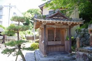 地蔵堂(済渡院)