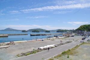 小浜漁港およびその周辺