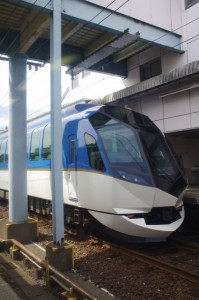 近鉄 観光特急しまかぜ(鳥羽駅)