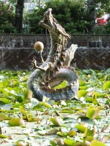おぼろヶ池(朧ヶ池)の龍