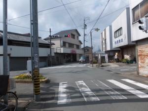JR参宮線 田丸踏切へ続く五叉路