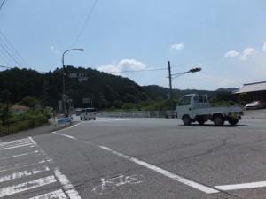 新田交差点(国道42号線)
