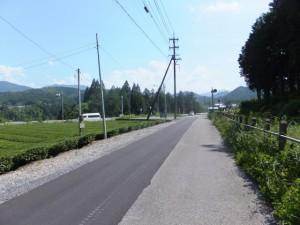 JR紀勢本線 馬鹿曲踏切から国道42号線へ