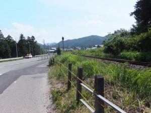 JR紀勢本線 馬鹿曲踏切から国道42号線への合流