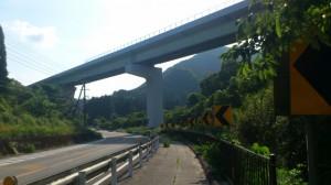 国道42号線、紀勢自動車道との交差