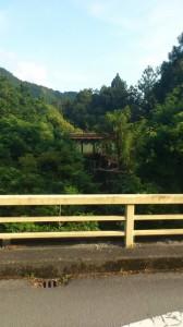小佐原橋(大谷川)から望むJR紀勢本線の鉄橋