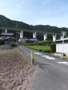船木神社への参道