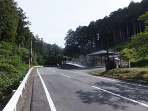 墓地(船木橋~三瀬坂峠 三瀬川登口)