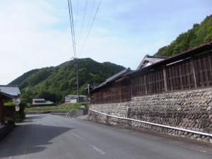 三瀬坂峠 三瀬川登り口付近