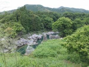 大滝峡に残された橋脚