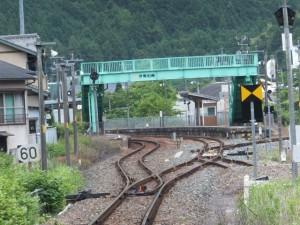 JR紀勢本線 宮原第一踏切付近から望む伊勢柏崎駅