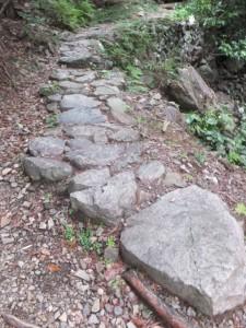 石畳(ツヅラト峠~志子登り口)