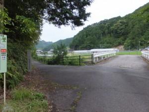 ツヅラト花広場駐車場近くの橋