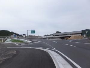 紀勢自動車道 紀伊長島ICへ続く道(右折)