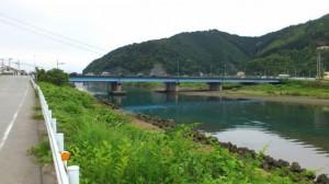 国道42号線の新長島橋(赤羽川)
