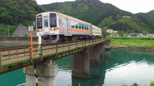 JR紀勢本線の鉄橋(赤羽川)
