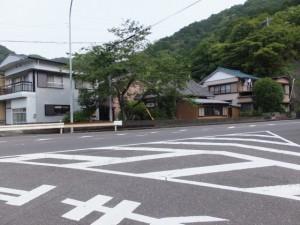 長島神社から国道42号へ