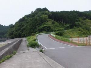 三浦峠登り口へ