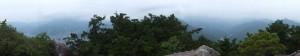 天狗倉山 山頂にある巨石の上からのパノラマ