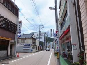 JR鳥羽駅から金刀比羅神社への参道