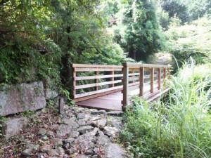 伊勢内宮清順上人供養碑の先のふたつめの橋