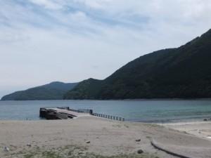 三木里海岸から望むヨコネ道方向
