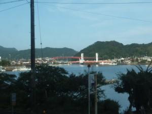 JR紀勢本線から望む紀伊長島の江ノ浦橋