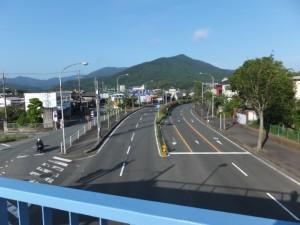 国道23号 中村歩道橋から望む浦田駐車場方向