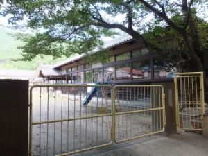 旧曽根小学校の校舎(尾鷲市)