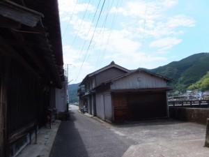 新逢川橋(逢川)の左岸上流側