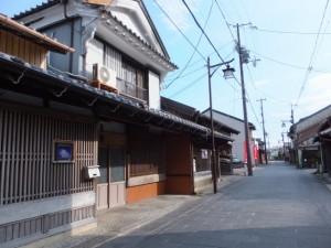 「←松本峠、花の窟→」の道標付近