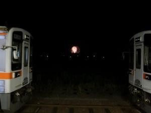 JR多気駅から見えた花火