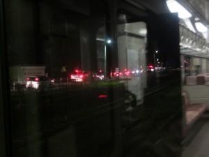 宮川花火大会見物帰りの車で渋滞(JR参宮線 宮川駅付近)