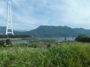 中部電力 尾鷲三田火力発電所の煙突、パイプラインほか