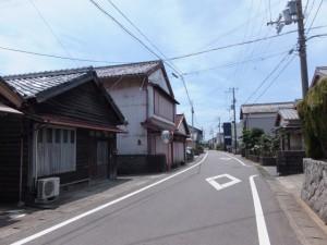 JR紀勢本線 阿田和駅前から阿田和橋(尾呂志川)へ