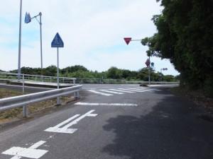 浜街道、阿田和橋から国道42号への合流