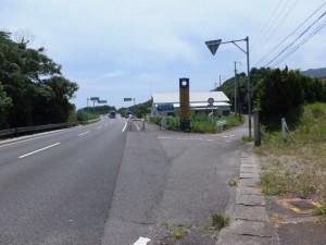 国道42号、御浜町と紀宝町の境界付近のY字路(右の道へ)