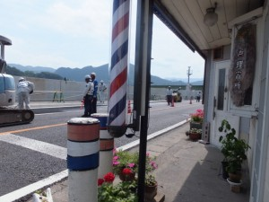 JR紀勢本線 大峪(おおさこ)踏切から国道42号へ