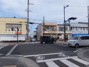 国道42号 裁判所南交差点(神倉神社から国道42号へ)