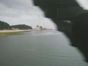 JR紀勢本線の車窓より望む熊野川