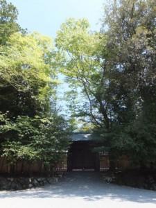 板塀が造替された斎館(内宮)