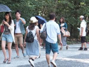 日本語がペラペラなベトナム人カップルを見送る(内宮にて)