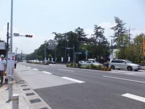 渋滞する外宮前交差点