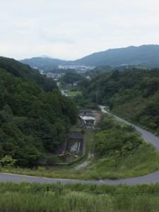 ゴール付近から望む県道への連絡道路(第二伊勢道路開通記念ウォーク)