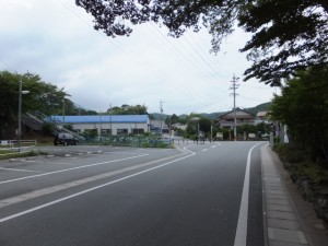 近鉄 池の浦駅前、堅神神社前