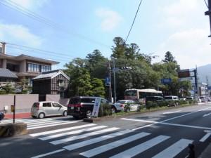 混雑する浦宇治浦田町交差点付近
