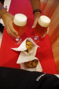 伊勢角屋麦酒のビール二種「伊勢ピルスナー」と「神都麦酒」、さらに若松屋の「ひりょうず」