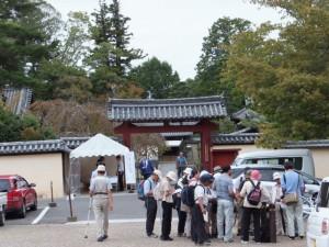 勧進所の入り口付近(東大寺)