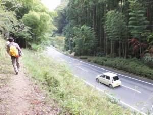 ホトトギスの水〜多気宿、右手に国道368号(伊勢本街道)
