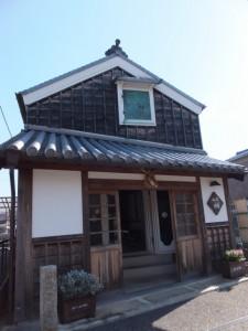 川の駅 河崎(河崎本通り側)